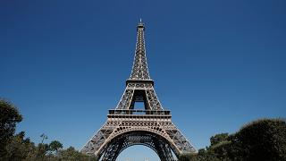 Eiffel Tower closed to tourists for second day