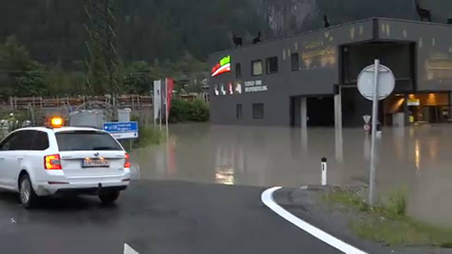 Sárlavina Tirolban