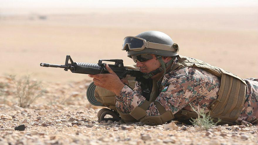 """الجيش الأردني يقتل مسلحين من """"داعش"""" اقتربوا من حدوده"""