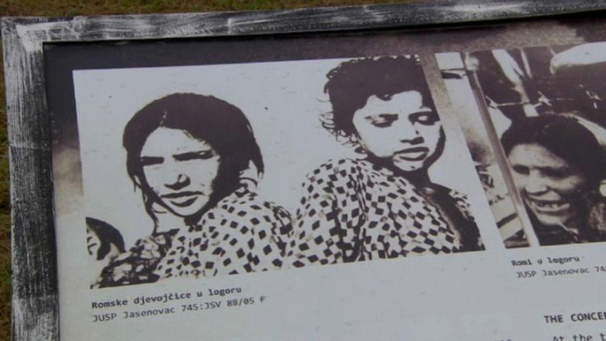 La comunidad romaní rinde homenaje a sus víctimas de la Segunda Guerra Mundial