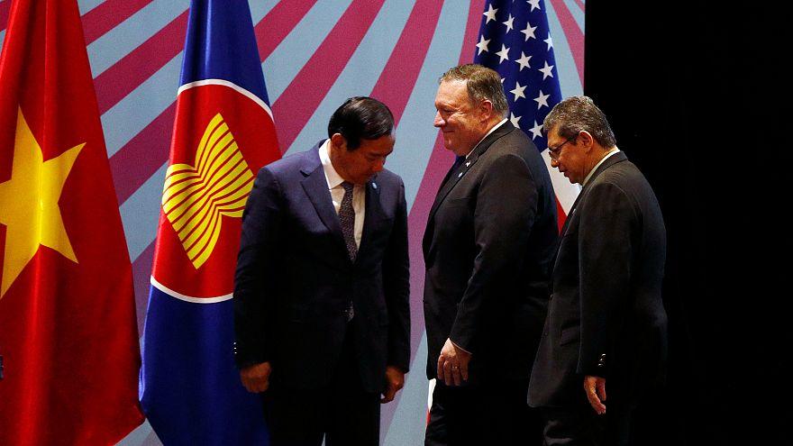 دیدار وزرای خارجه ترکیه و آمریکا در سایه کاهش ارزش لیر