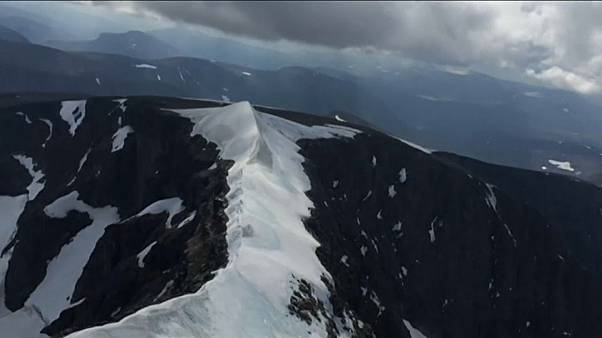 Climate change: melting mountains