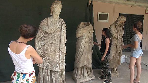 Estátuas gregas com 2 mil anos descobertas na Turquia