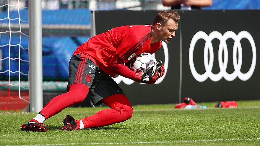 Bayern Münih'li futbolcular Özil'in ırkçılık iddialarını reddetti