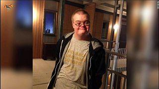 الشرطة السويدية تقتل رجلاً من ذوي الاحتياجات الخاصة بسبب اشتباه خاطئ