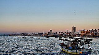 البحرية الإسرائيلية تحتجز وتمنع سفينة ترفع علم السويد من الوصول إلى غزة