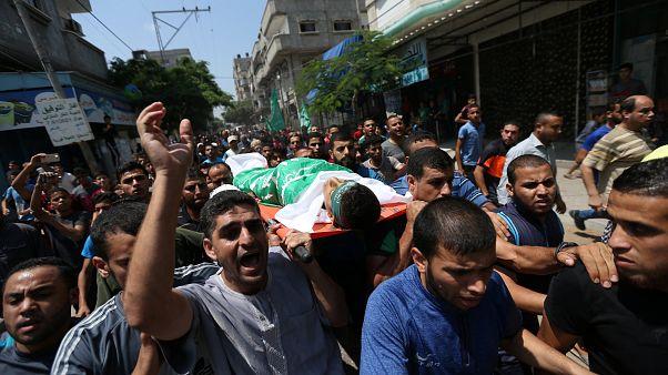تشييع جثمان فلسطيني قتل برصاص الجيش الإسرائيلي