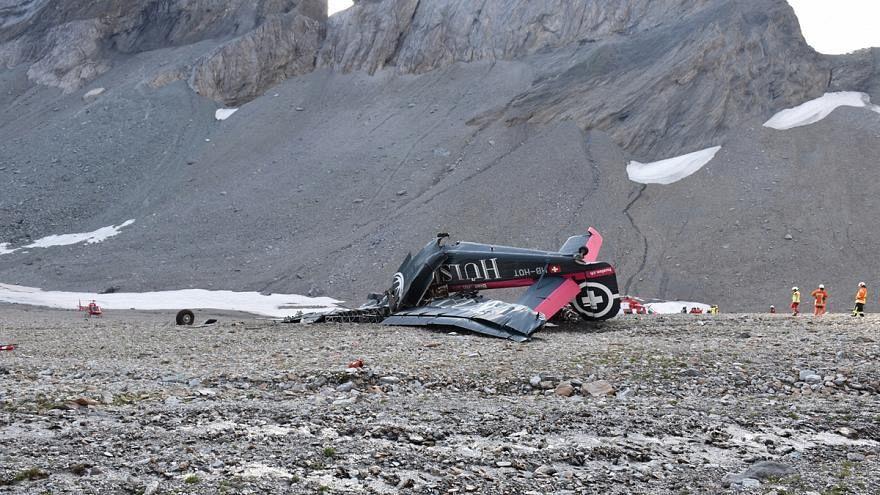 مقتل 20 شخصا في تحطم طائرة في جبال الألب بسويسرا