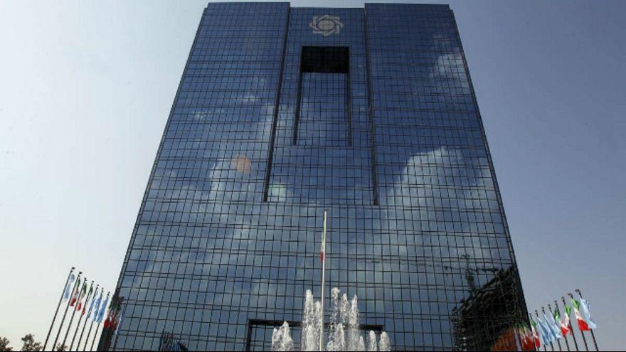 برکناری معاون ارزی؛ اصرار رسانهها و انکار بانک مرکزی