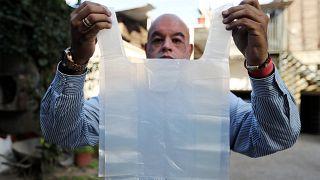 Şili: Güney Amerika'da plastik poşeti yasaklayan ilk ülke