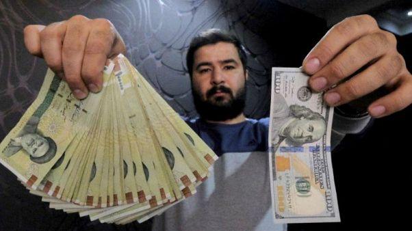 بازگشت موج اول تحریمها؛ تورم ۴۰ درصدی و بیکاری ۱ میلیون ایرانی
