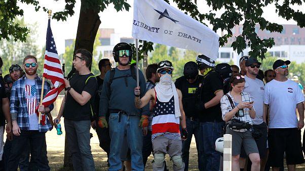 Une manifestation d'extrême-droite dispersée