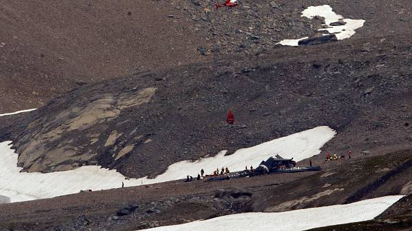 İsviçre'de uçak kazası: 20 kişi öldü
