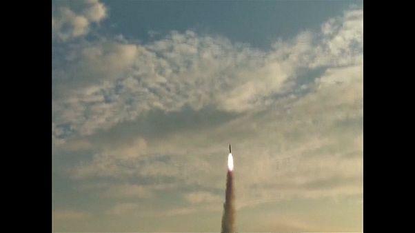 """الصين تجري اختباراً ناجحاً لإطلاق الطائرة """"راكبة الأمواج"""""""