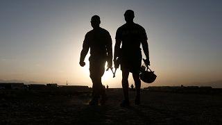 Νεκροί τρεις στρατιώτες του ΝΑΤΟ από βομβιστή αυτοκτονίας
