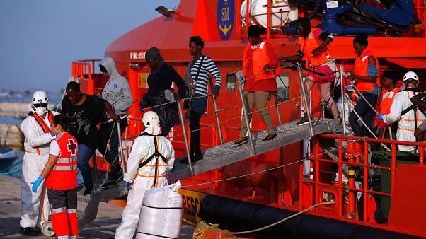 خطورة الأوضاع في ليبيا لا تشجع على إعادة المهاجرين