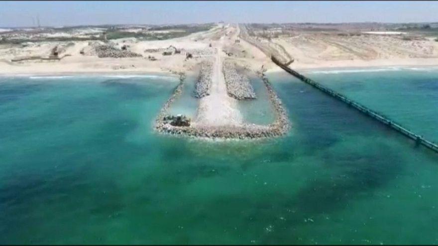 İsrail Gazze kıyısına inşa ettiği blokajın görüntülerini paylaştı
