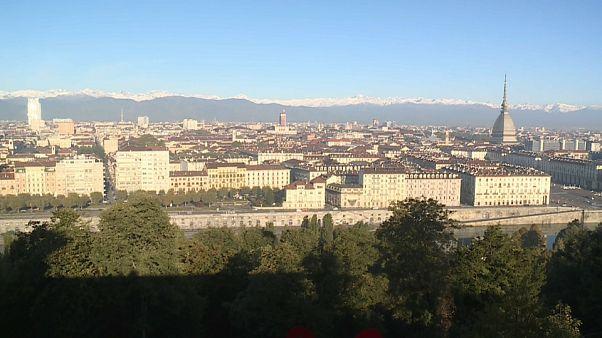 Torino, iniziato lo sgombero dei rifugiati all'ex Villaggio Olimpico