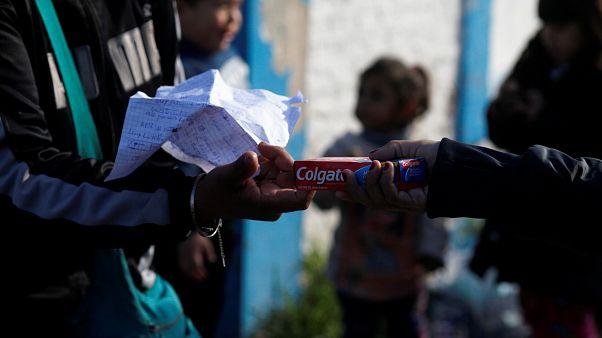 Enflasyon ve dolar kuruna yenilen Arjantin'de takas dönemi