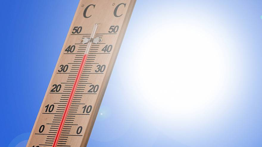 UK likely to see above-average temperatures until October