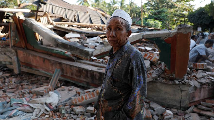 Deadly earthquake leaves trail of destruction on Indonesia's Lombok Island