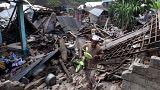 Sismo arrasa ilha indonésia de Lombok