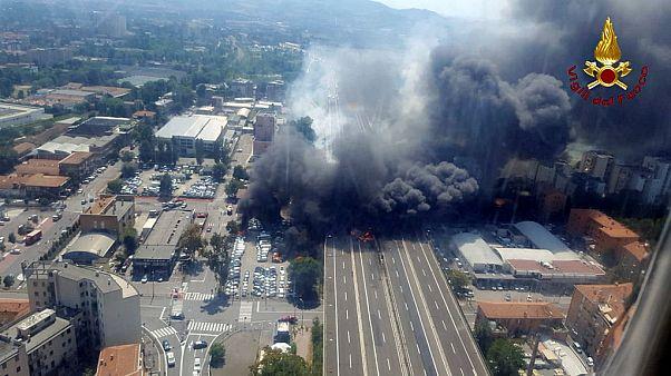 Explosion spectaculaire d'un camion en Italie