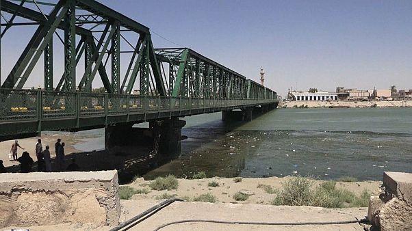 ترميم جسر في الفلّوجة يروي صفحات من تاريخ العراق المعاصر