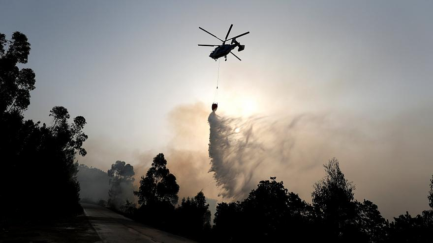 Fortes reacendimentos preocupam autoridades em Monchique