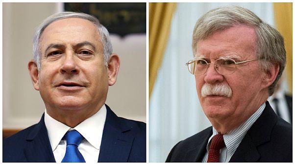 واکنشها به بازگشت تحریمها؛ بولتون: بستن تنگه هرمز بلوف ایران است