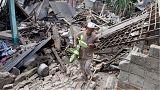 انقاذ سيدة ظلت يومين تحت أنقاض زلزال إندونيسيا المدمر