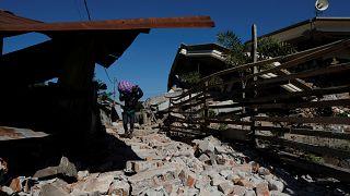 Ινδονησία: Συνεχίζονται οι επιχειρήσεις διάσωσης