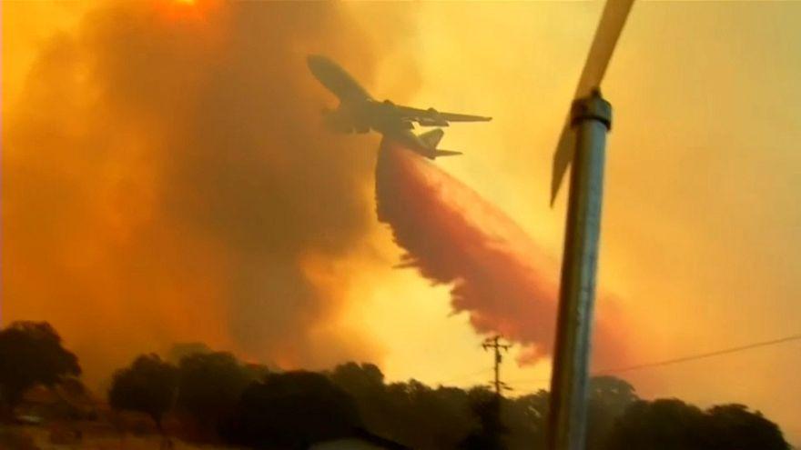 Лесные пожары: в бой с огнём вступает Boeing