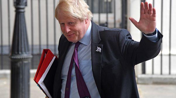 """""""Briefkästen"""" und """"Bankräuber"""": Johnson will sich nicht für Burka-Äußerungen entschuldigen"""