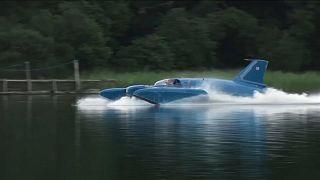 طائرة مائية تقوم بأول رحلة لها بعد تحطّمها قبل 51 عاماً