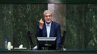 استیضاح وزیر کار رای آورد؛ علی ربیعی از کار برکنار شد