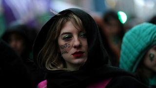 El Senado argentino rechaza despenalizar el aborto