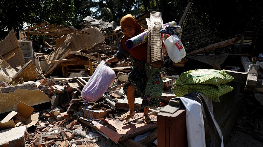 WATCH: Thousands left homeless and awaiting urgent aid arrivals in Indonesia