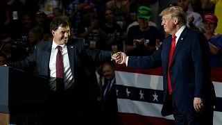 Trump, Ohio'da Troy Balderson ile seçim mitingi düzenledi