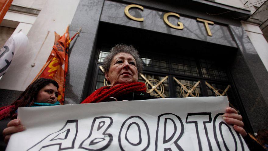 La legalización del aborto podría ser rechazada por el Senado en Argentina