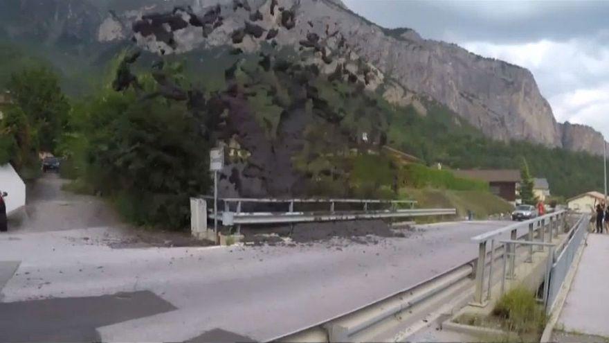 Ελβετία: Κατολίσθηση λάσπης σαρώνει χωριό