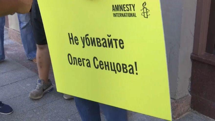"""""""Все катастрофически плохо"""" - сестра Сенцова о его состоянии"""