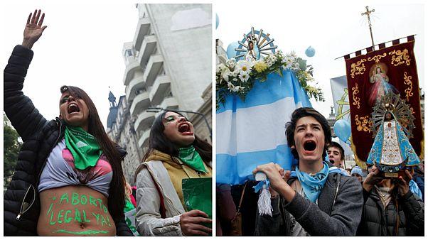 الأرجنتين ترفض تشريع الإجهاض والشارع بين احتجاجات واحتفالات