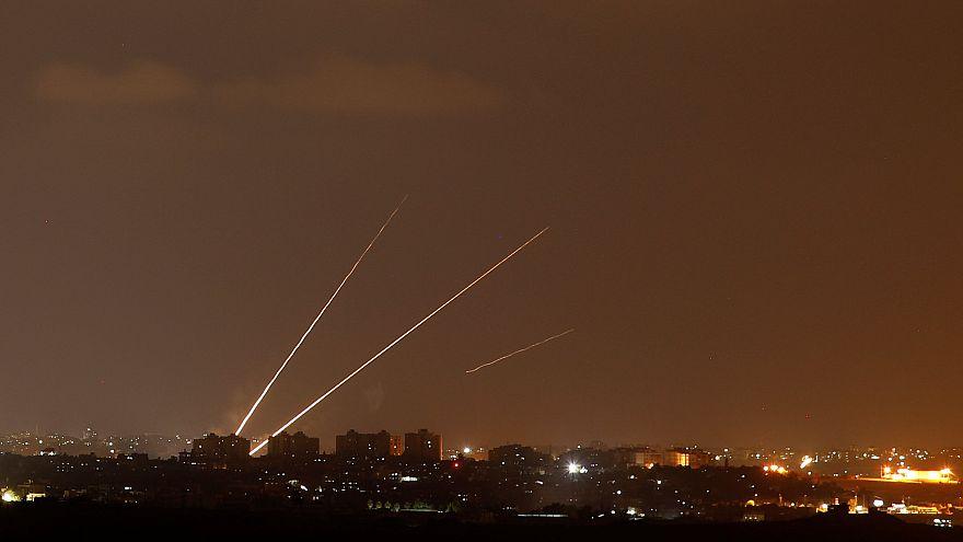 İsrail'den Gazze'ye 150 hava saldırısı