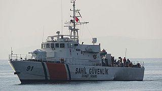 Kuşadası açıklarında göçmen taşıyan bot alabora oldu: 7'si çocuk 9 ölü