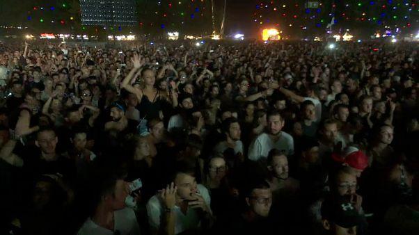 Kendrick Lamar hace esperar a sus fans durante el festival de Sziget