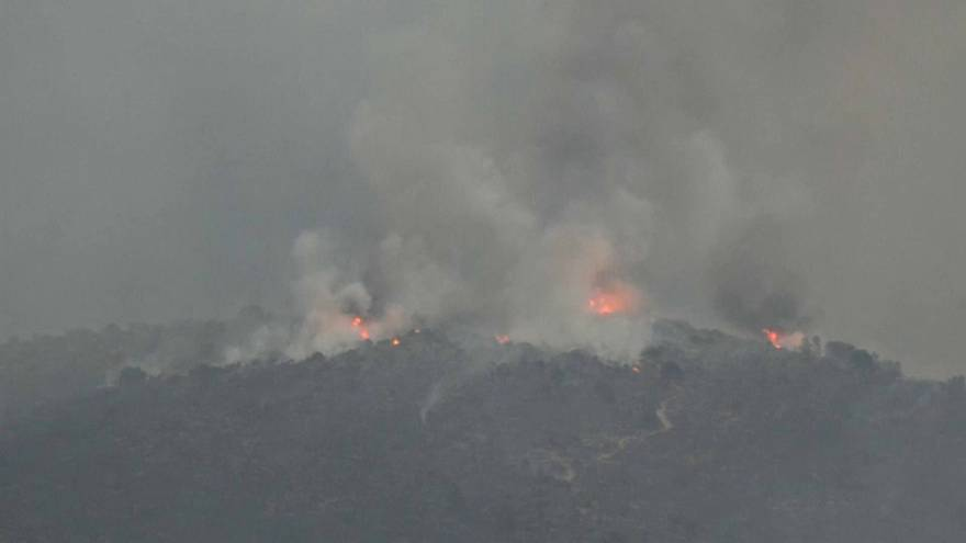 Cuarto día de lucha contra el incendio de Valencia