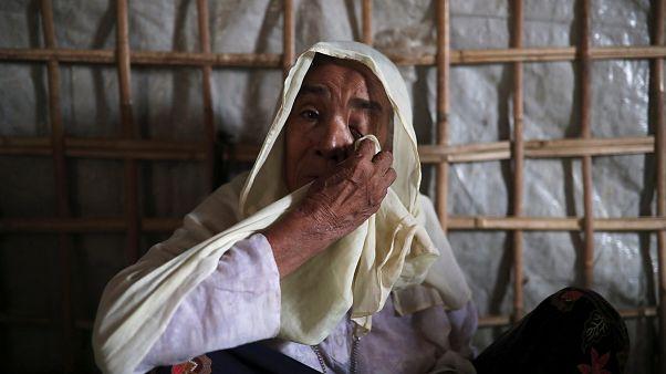 Rohingya mülteci kampında kalan Arakan Müslümanı bir kadın