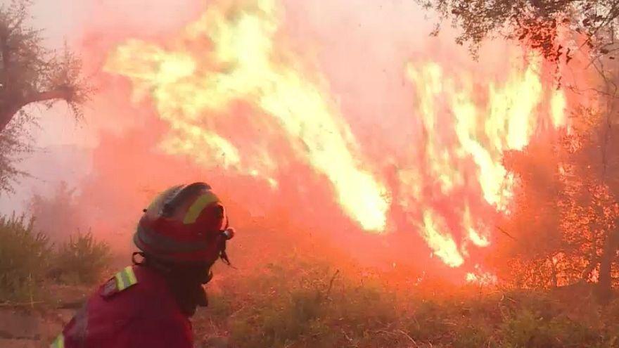 Séptimo día de incendio en el Algarve