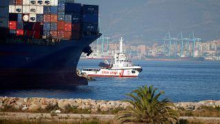 Embarcação da Open Arms chega a Algeciras com 87 migrantes a bordo